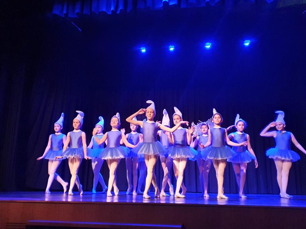 La Escuela de Danza de Torrent organiza un festival en beneficio de Casa Caridad