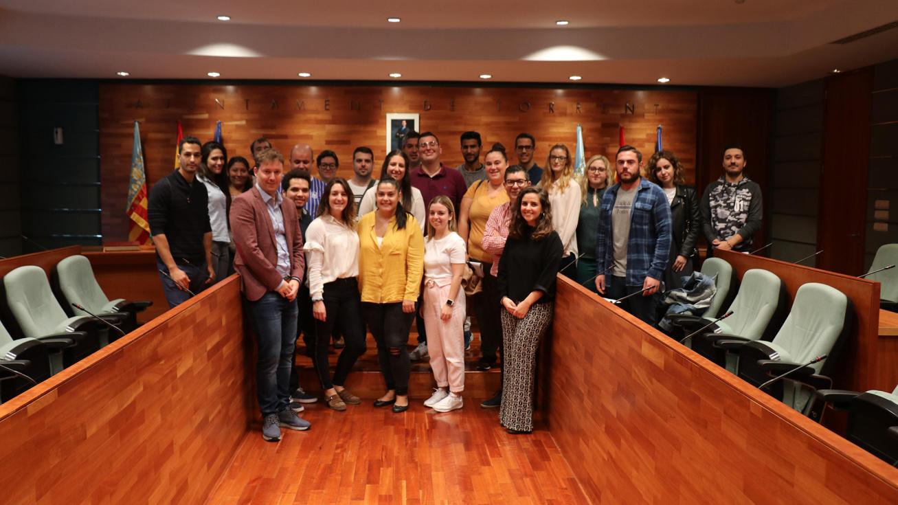 El Ayuntamiento contrata a 23 jóvenes dentro de los programas EMPUJU Y EMCUJU
