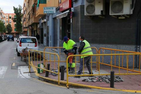 En marxa les obres de millora del carrer Federico Maicas