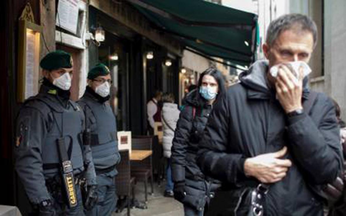 La por al coronavirus esgota les màscares en les farmàcies de Torrent