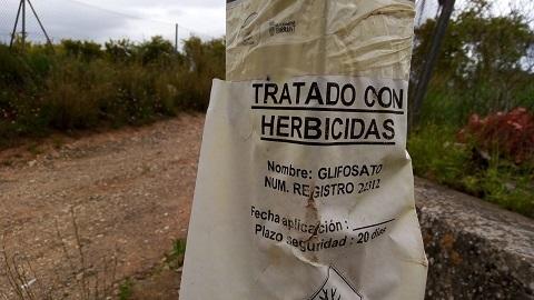 Compromís detecta l'ús massiu de pesticides municipals al voltant de conreus ecològics