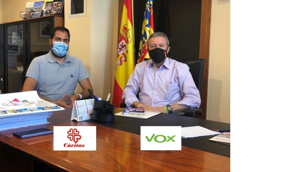 VOX es reunix amb CÁRITAS