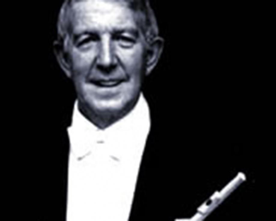 El professor de flauta Andrés Carreres proposà a la Societat Unió Musical de Torrent