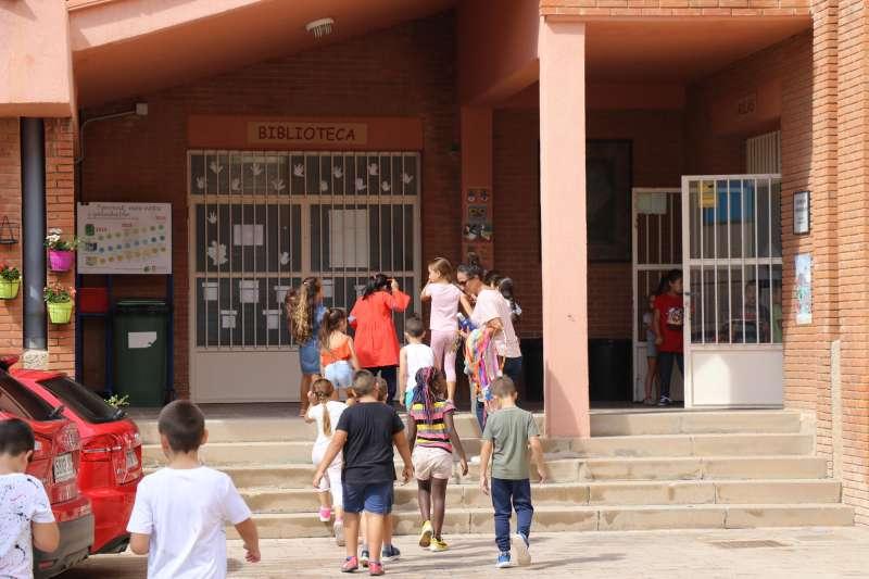 Prop de 17.000 alumnes inicien el curs escolar a Torrent