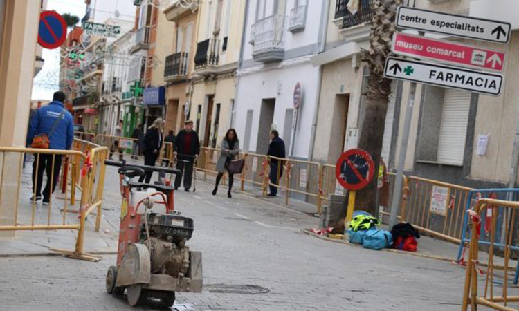 Les obres de reurbanització continuen en el barri antic