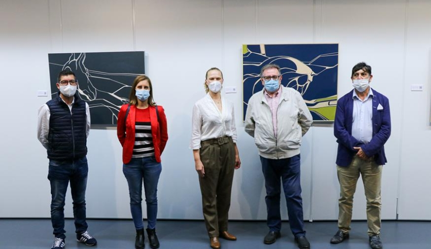 """S'inaugura l'exposició de pintura """"Tres Cavalls"""", de Núria Fernández"""