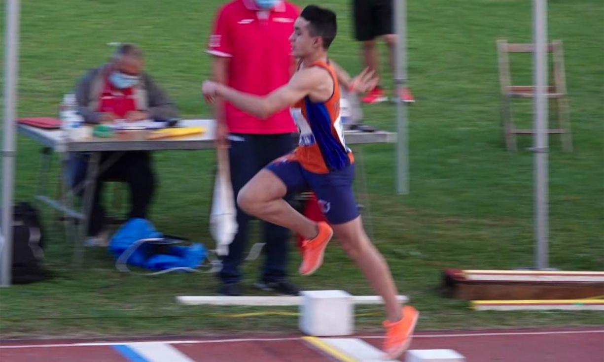 L'atleta Alex López, medalla de bronze en triple salt