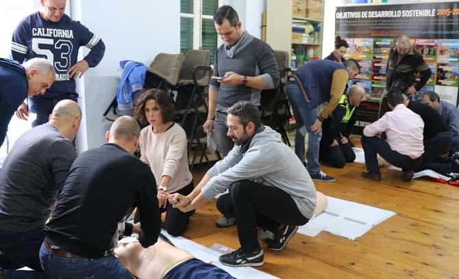 La Policia Local participa en un curs de reanimació cardiopulmonar