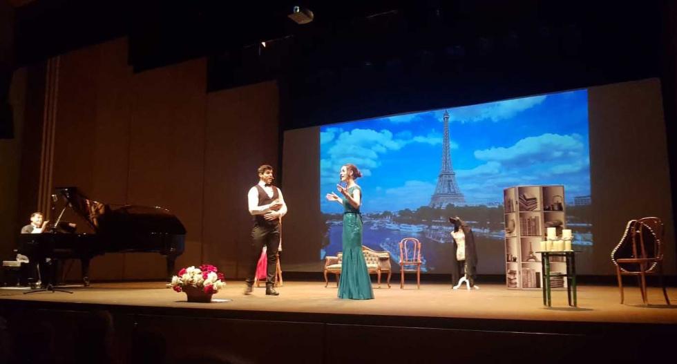 Pascual Andreu i Saray García reten homenatge a Luis Mariano