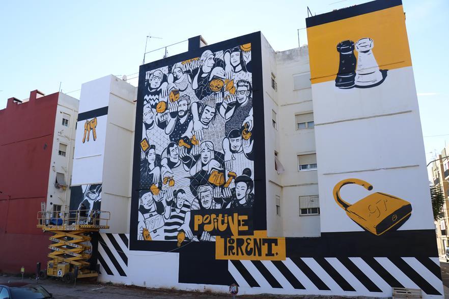 L'art urbà es manifesta a Torrent gràcies al concurs de Pintura Mural TorrentJove