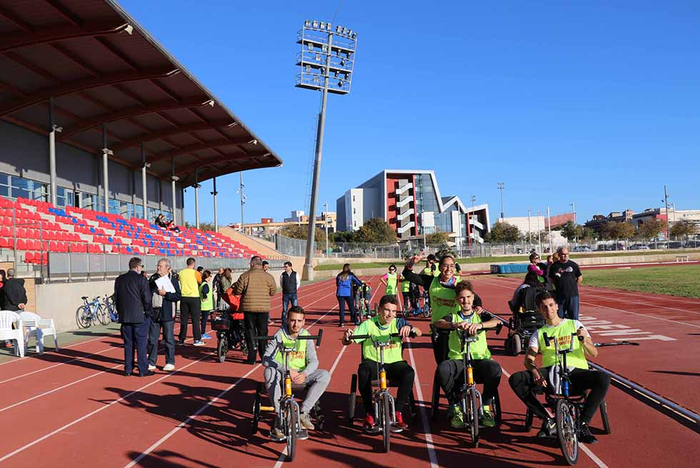 Parc Central acull II Clínic Inclusiu de Ciclisme